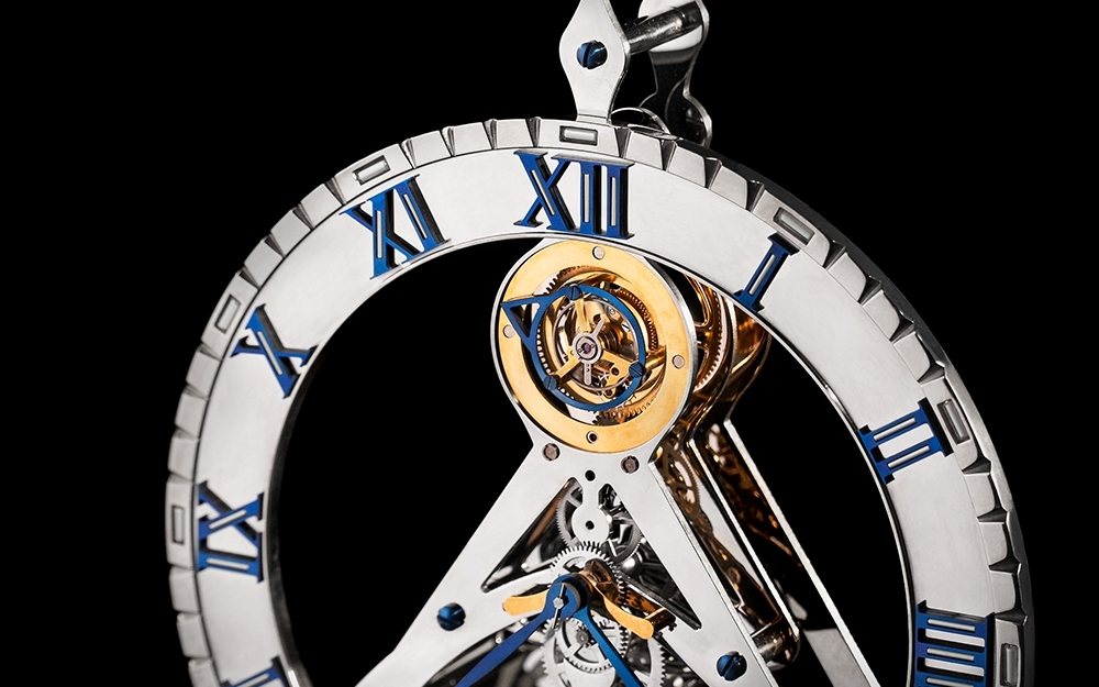 Каминные часы с турбийоном